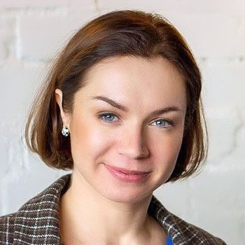 Алена Воскресенская